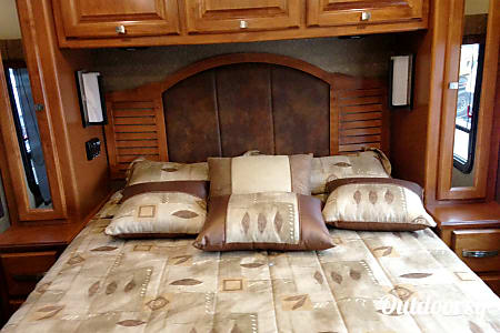 2013 Tiffin Motorhomes Allegro Breeze  Pearland, Texas
