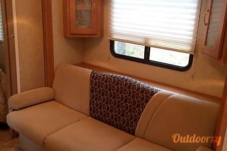 2009  VIEWFINDER  Cruiser RV  Weeki Wachee, Florida