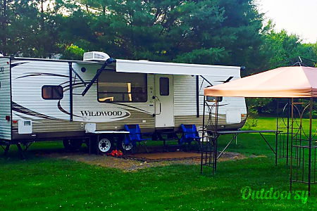 2015 Wildwood by Forest River 27RKSS  Denver, North Carolina