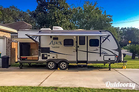 2015 Coachmen Apex  Destin, Florida