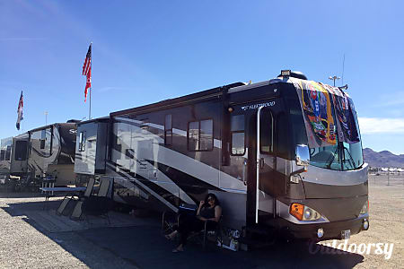 2006 Fleetwood Excursion 350 Cat Diesel with 4 slide outs  Las Vegas, Nevada