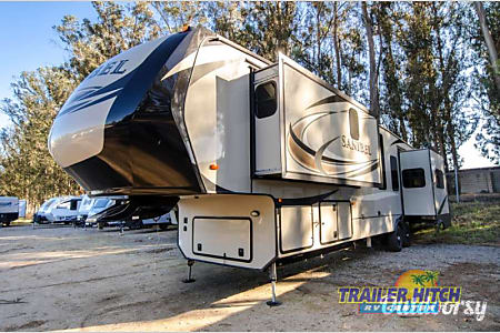 0NEW 2017 Sanibel Luxury 5th Wheel  Pismo Beach, CA