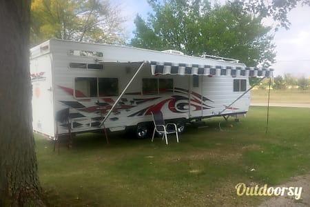 2006 Weekend Warrior FS3000  Racine, Wisconsin