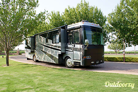 0LUXURIOUS RV with 19K MILES and 4 SLIDEOUTS!!!  LOADED with 5-star AMENITIES, see below...!!!  Queen Creek, AZ