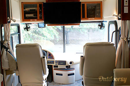LUXURIOUS RV with 19K MILES and 4 SLIDEOUTS!!!  LOADED with 5-star AMENITIES, see below...!!!  Queen Creek, AZ