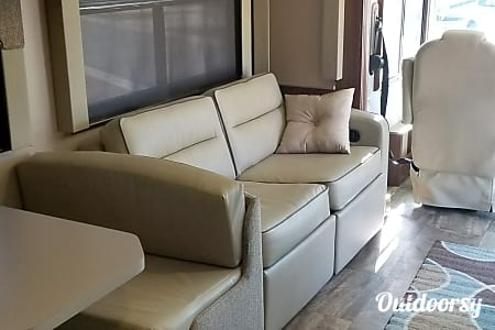 Brand New 2017 Forest River Georgetown 364ts  Las Vegas, Nevada