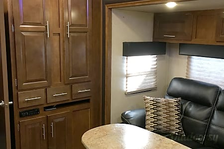 2015 Forest River Ultralite XLR  Greenfield, IN