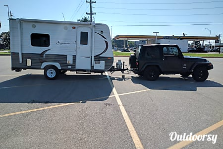 02017 travel lite  E 16  Memphis, TN