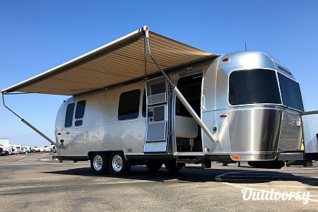 02016 Airstream International Serenity  Chino, CA