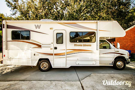 2015 Winnebago Minnie Winnie  Charleston, South Carolina