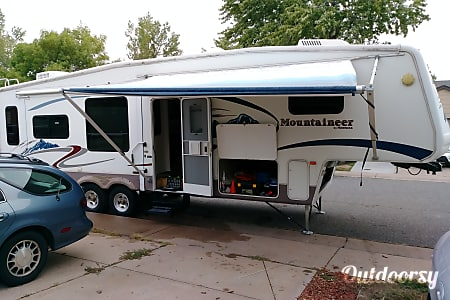 0La Casita - 2006 Montana Mountaineer by Keystone  Aurora, CO