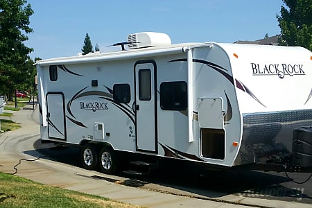 02014 Outdoors Rv Manufacturing Black Rock  Roseville, CA