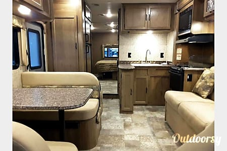 02017 Coachmen Freelander  Melbourne, Florida