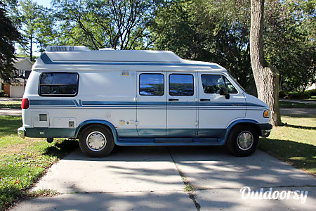 01994 Pleasure Way  Camper van- would be perfect to take to a warm location for the winter!  Bloomfield Hills, MI