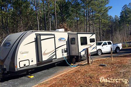2014 Coachmen Freedom Express  McDonough, Georgia