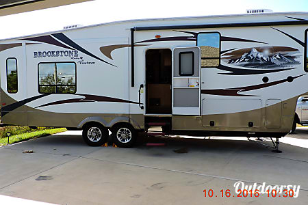 0Entinger 5th Wheel  Panama City, Florida