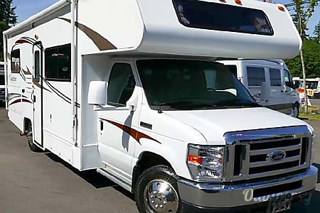 02014 Coachmen Freelander  Menifee, CA