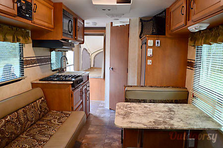 2013 Coachmen Apex  West Jordan, Utah