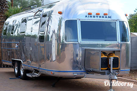 01975 Airstream Ambassador  Phoenix, Arizona