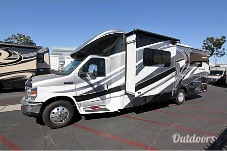 02003 WINNEBAGO Ultimate 40K  Boynton Beach, Florida