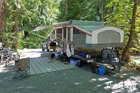 2013 Folding Travel Trailer Palomino Banshee B-3  Portland, Oregon