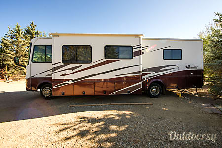0Serenity - 2005 Tiffin Allegro 32BA  Thornton, Colorado