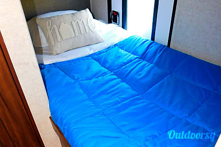 NEW! ULTRALIGHT BUNKHOUSE - EASY-TOW and BEST VALUE! JUST BRING YOUR TOOTHBRUSH!  Orlando, Florida