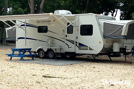 0Easy Tow Jayco Jay Feather Ultra Lite  Apopka, FL