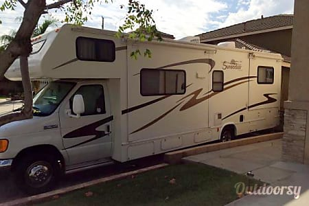 0Forest River Sunseeker Class C 30ft RV ( Living Room Slide & Bedroom Slide )  Fontana, CA