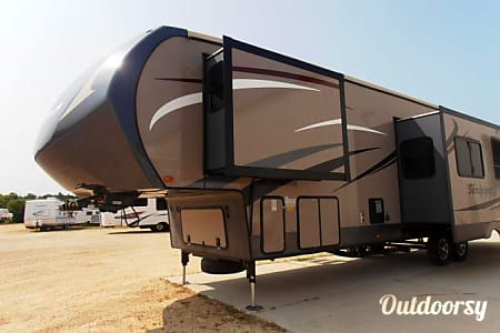 02015 Forest River Sandpiper  Mount Vernon, Texas