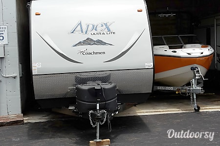 02015 Coachmen Apex  Panama City, FL