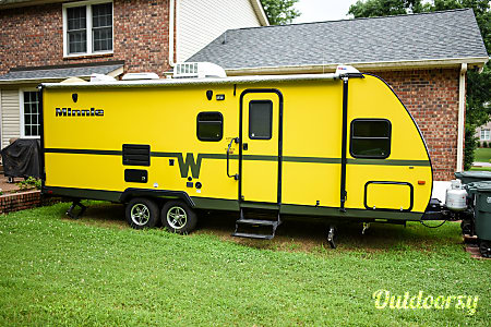 02015 Winnebago Minnie  Hendersonville, TN