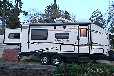 0Everyone sleeps inside!             2015 Keystone Outback Terrain  Beaverton, OR