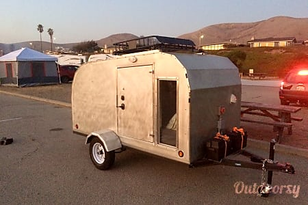 0Cozy All Aluminum Trailer W. Cargo Basket & Full Bed  El Cerrito, CA