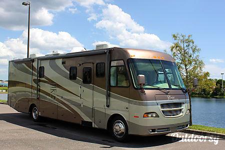 02005 Georgie Boy Cruise Master 3640  Tampa, FL