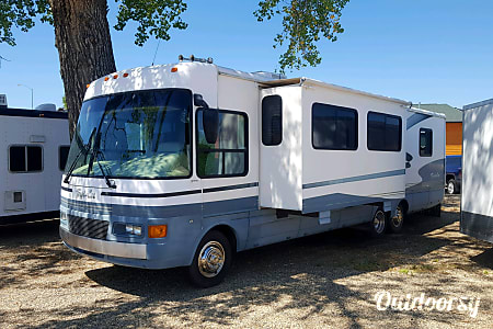 01999 Tropicana Motorhome  Custer, SD