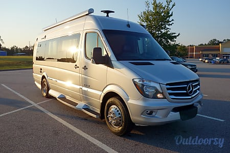 02018 Winnebago Era 170M Touring Coach  Atlanta, GA