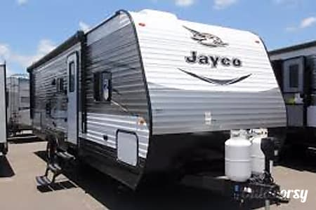 02017 Jayco Jay Flight SLX 267BHS  Beaumont, CA