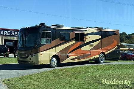 02005 Coachmen Elite  Knoxville, TN