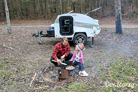 0Tow Anywhere, Tow with Anything light and off -road capable teardrop camper with rear kitchen galley  Mt. Juliet, TN