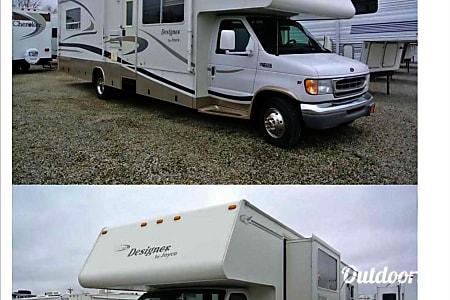02001 Ford Coachman 450  Dayton, OH
