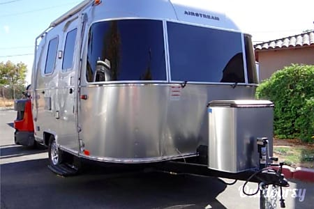02017 Airstream 16ft Bambi Sport  San Diego, CA