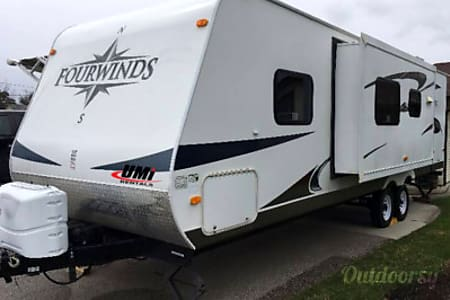 02011 Fourwinds 28bh Weekly Rate/U-tow/Delivery  Enderby, BC