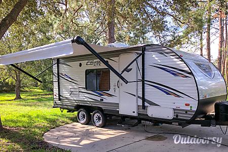 02017 Forest River Salem Cruise Lite  Miami Gardens, FL