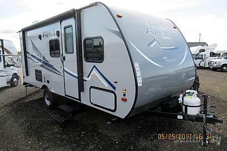 02017 Coachmen Apex 193  Spokane Valley, WA
