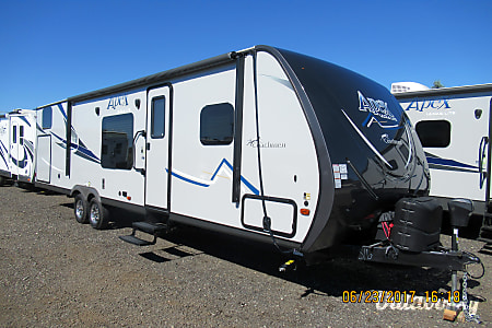 02017 Coachmen Apex 300BHS  Spokane Valley, WA