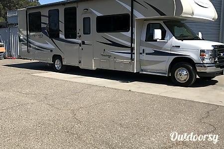 02016 Coachmen Leprechaun  Buellton, CA
