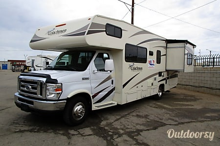 02016 Forest River Coachman 26RS  Lancaster, CA