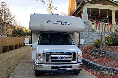 02018 Thor Motor Coach Freedom Elite 29FE  Dacula, GA