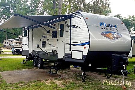 02018 Palomino Puma  Branford, FL